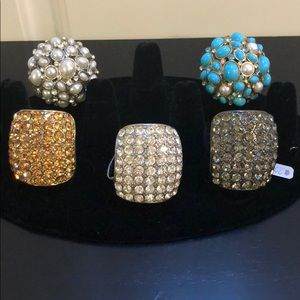 Jewelry - The lot of 5 fashion rings